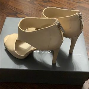 Leather Vince Camuto heeled sandals